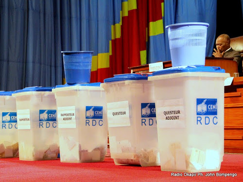 Election en RDC : la CENI réceptionne un premier lot...